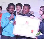 Ambiance chaleureuse et nombreux élèves récompensés pour la soirée de la réussite 2017 le 30/11/17 à Saint Joseph de Blanquefort (33) - Apprentis d'Auteuil